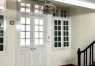 Cho thuê nhà ngõ 32 Cửa bắc- Ba Đình- HN , nhà tầng 2 kiểu nhà pháp cổ
