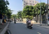 Cho thuê BT mặt tiền đường Quốc Hương Thảo Điền, diện tích 640m2, giá 180 triệu