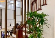 Bán nhà phố Chùa Láng, Đông Đa, Hà Nôi, 45 m2; 4,4 tỷ;