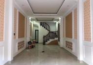 Nhà 5 tầng, đất Phân Lô, Hoàng Văn Thái, Gara ô tô, DT 43 m2, Giá 6.7 tỷ