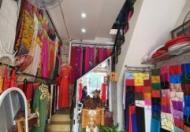 Sang mặt bằng 3 tầng đường Trần Hưng Đạo, TP Huế, giá rẻ vị trí trung tâm kinh doanh thuận lợi.