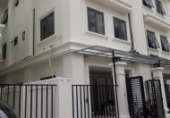Cho thuê biệt thự, khu nhà ở Quốc Hội 120x4 tầng, giá hót !!!
