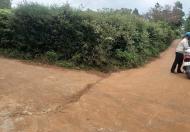 Cần bán lô đất 2 mặt tiền đường bê tông 7m buôn Nao A Diện tích: 20x27m.