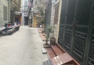 Chính chủ cho thuê nhà riêng 4 tầng đường Đội Cấn, Ba Đình, 15tr, 0868921066
