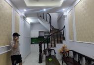 Bán nhà Vĩnh Tuy 24mx5T xây chắc chắn, giá 2.65 tỷ lh 0916010180