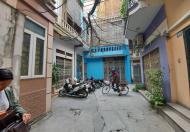 Cần bán nhà gần chợ Mơ Bạch Mai 3 tầng, MT 4,5m, giá 2,9 tỷ