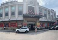 Mặt bằng kinh doanh đẹp cho thuê, văn phòng DT 500m2,..., 1.200m2 tại chợ Hàng Da, quận Hoàn Kiếm